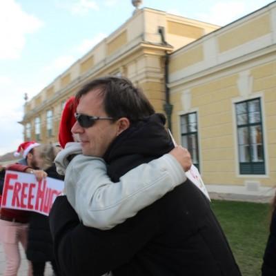 Free Hugs Vienna 21 December 2014  031