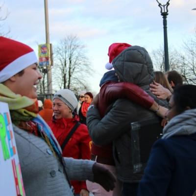 Free Hugs Vienna 21 December 2014  039
