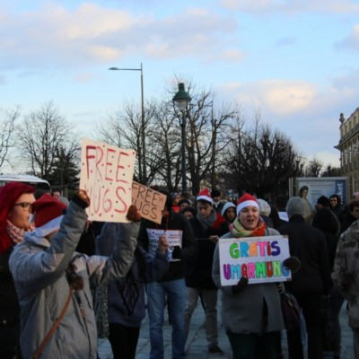 Free Hugs Vienna 21 December 2014  042