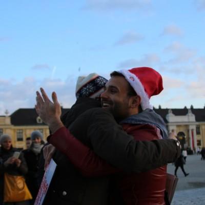 Free Hugs Vienna 21 December 2014  055
