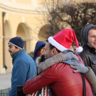 Free Hugs Vienna 21 December 2014  062
