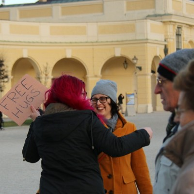 Free Hugs Vienna 21 December 2014  077