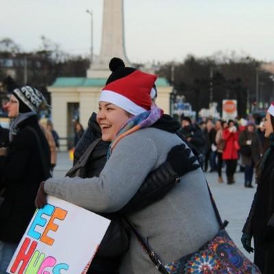 Free Hugs Vienna 21 December 2014  086