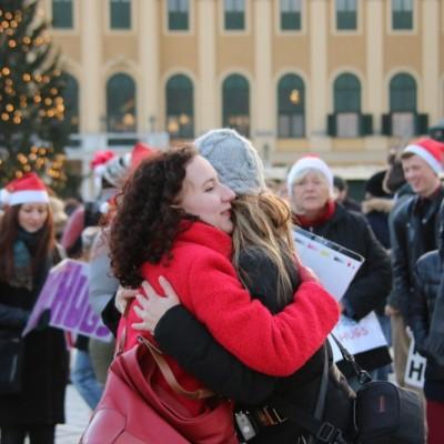 Free Hugs Vienna 21 December 2014  141