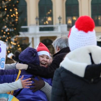 Free Hugs Vienna 21 December 2014  160