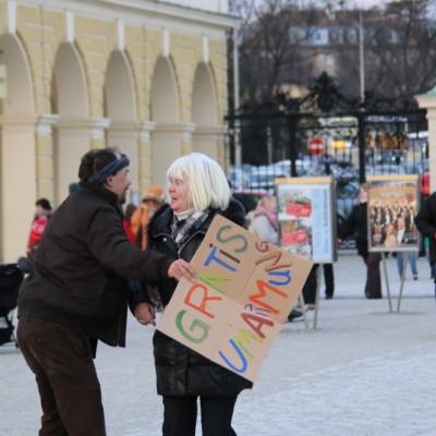 Free Hugs Vienna 21 December 2014  213