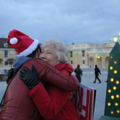 Free Hugs Vienna 21 December 2014  244