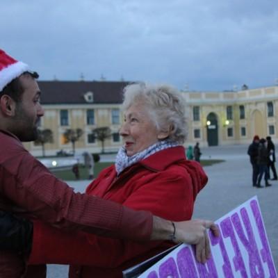 Free Hugs Vienna 21 December 2014  245