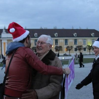 Free Hugs Vienna 21 December 2014  247