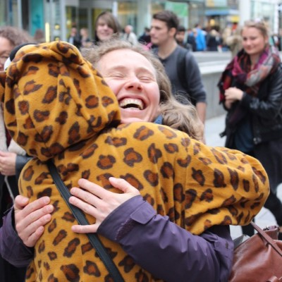 Free Hugs Vienna @ Global Free Hugs Day 02 May 2015 004