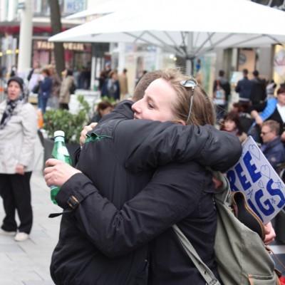 Free Hugs Vienna @ Global Free Hugs Day 02 May 2015 007
