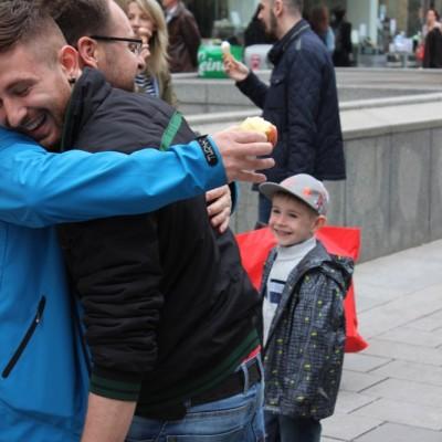 Free Hugs Vienna @ Global Free Hugs Day 02 May 2015 012