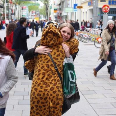 Free Hugs Vienna @ Global Free Hugs Day 02 May 2015 014