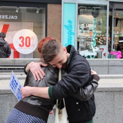 Free Hugs Vienna @ Global Free Hugs Day 02 May 2015 018