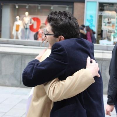 Free Hugs Vienna @ Global Free Hugs Day 02 May 2015 034