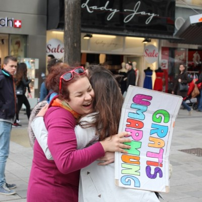 Free Hugs Vienna @ Global Free Hugs Day 02 May 2015 043