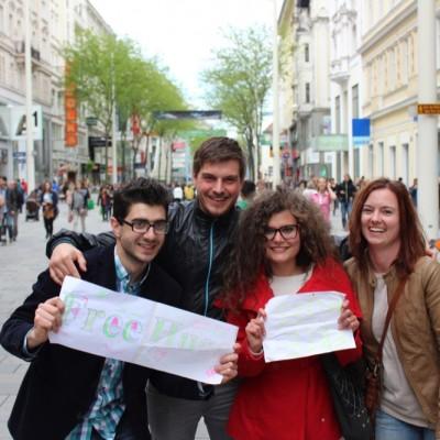 Free Hugs Vienna @ Global Free Hugs Day 02 May 2015 046