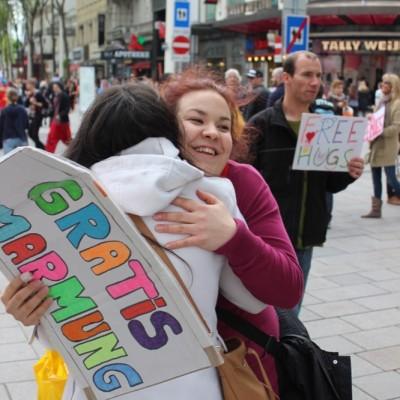 Free Hugs Vienna @ Global Free Hugs Day 02 May 2015 054