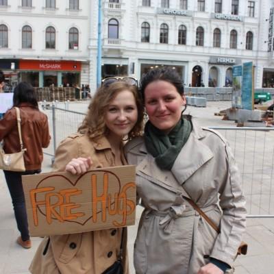 Free Hugs Vienna @ Global Free Hugs Day 02 May 2015 084