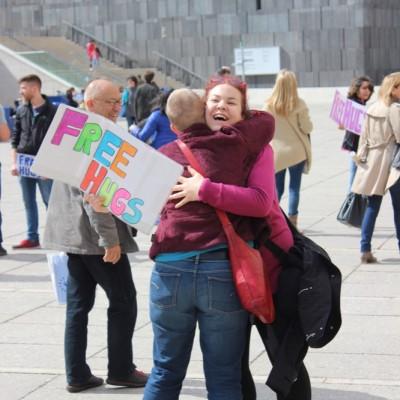Free Hugs Vienna @ Global Free Hugs Day 02 May 2015 096