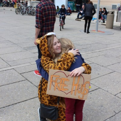 Free Hugs Vienna @ Global Free Hugs Day 02 May 2015 108