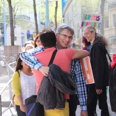 Free Hugs Vienna @ Global Free Hugs Day 02 May 2015 136