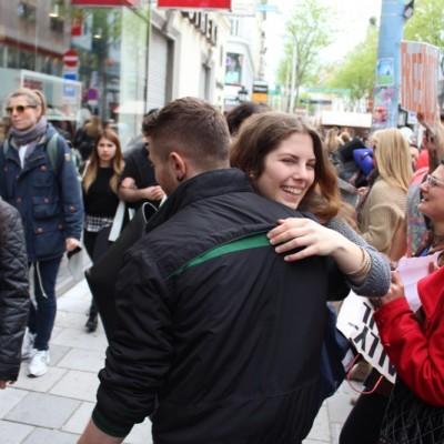 Free Hugs Vienna @ Global Free Hugs Day 02 May 2015 153