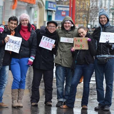 Free Hugs Vienna 07 December 2013 005