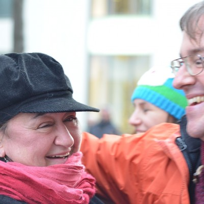 Free Hugs Vienna 07 December 2013 012