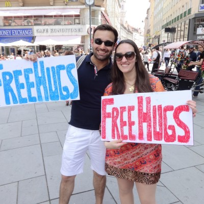 Free Hugs Vienna 08 June 2013 022